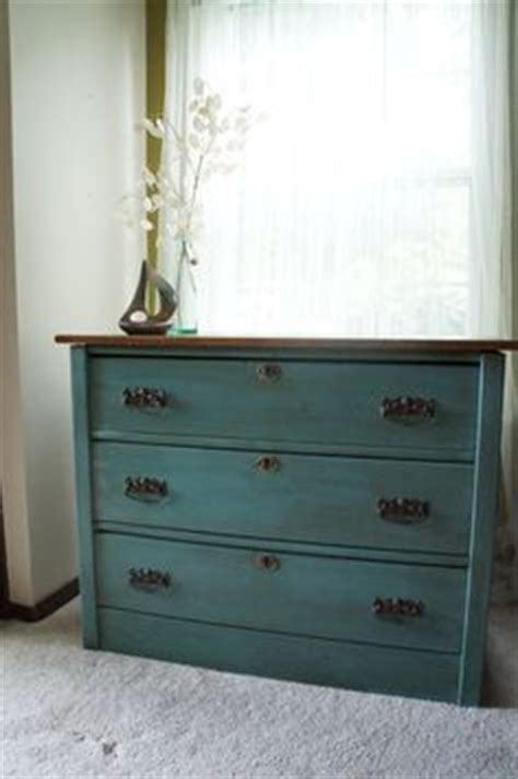 Ideas For Refinishing Dressers by 1000 Images About Dresser Color Ideas On