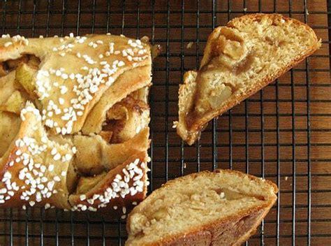 apple yeast bread an eskimo bakes apple yeast bread
