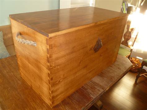 blanket storage chest plans plans diy