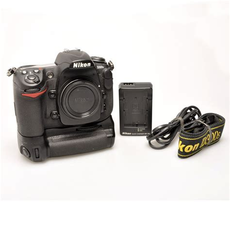 Mb D10 Grip For D300d300s nikon d300s nikon mb d10 battery grip catawiki