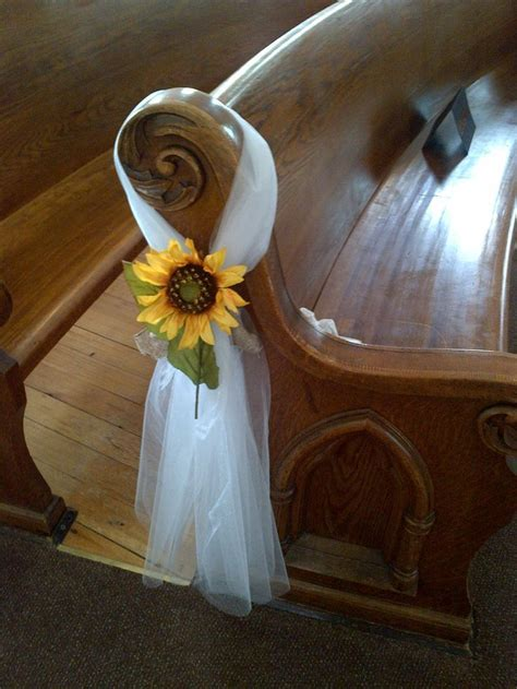 Best 25  Sunflower wedding decorations ideas on Pinterest