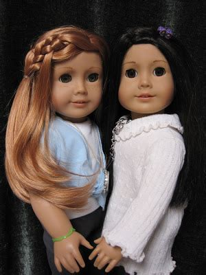 G Ci 166 never grow up a s guide to dolls and more doll