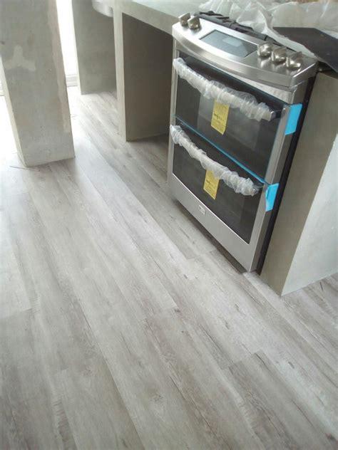 piso madera gris piso vinilico gris tipo madera 249 00 en mercado libre