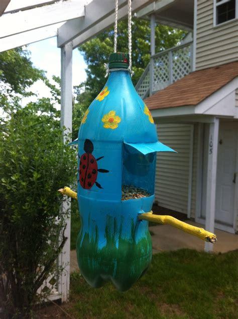 2 Liter Bird Feeder 2 liter bird feeder for the home