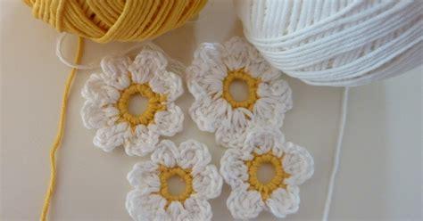 realizzare fiori all uncinetto nella valigia della buru raccolta di schemi e tutorial