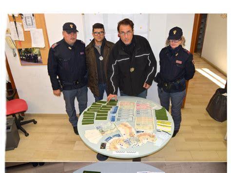 stipendio direttore ufficio postale arrestato direttore ufficio postale derubava i