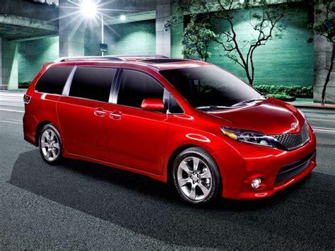 most comfortable minivan 6 most comfortable minivans for 2015 autobytel com