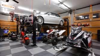 photos of world s most beautiful amp expensive garages on die auto garage anordnen einige praktische einrichtungstipps