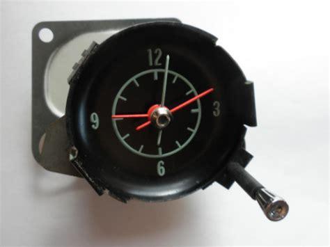 corvette clock repair 1968 1971 corvette clock 1969 1970 oem c3 with nos