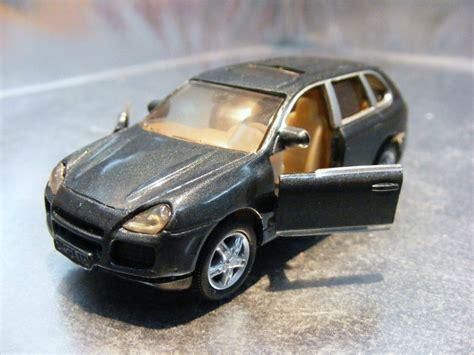 Siku Porsche Cayenne by Siku Porsche Cayenne Turbo 2 140 40 En Mercado Libre