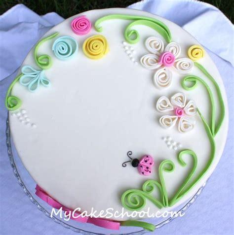 fiori con pasta di zucchero tecnica cake design la tecnica quilling cake cake
