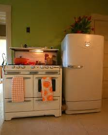 Retro Kitchen Appliances by Kitchen Retro Stove Kitchen Design Photos