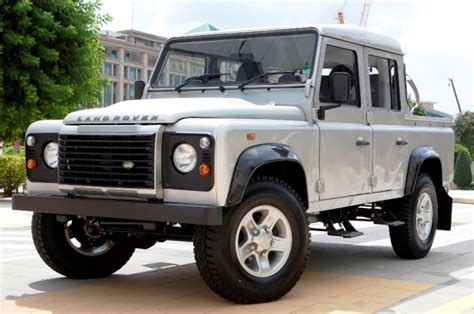 range rover truck in skyfall land rover defender 110 double cab pick up motor trader