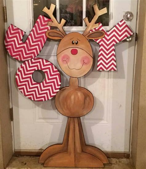 diy decorations reindeer 50 reindeer decorations to make pink lover