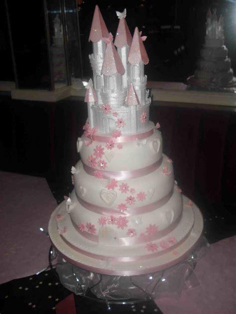 Gypsy wedding cake   idea in 2017   Bella wedding