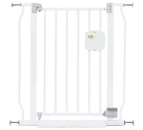 the first years expandable swing gate cheap discount baby swing gate the first years hands