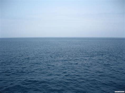 background laut gambar pemandangan laut related keywords suggestions