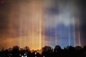 light pillars cold weather phenomenon displaying beautiful light pillars in the sky fubiz media