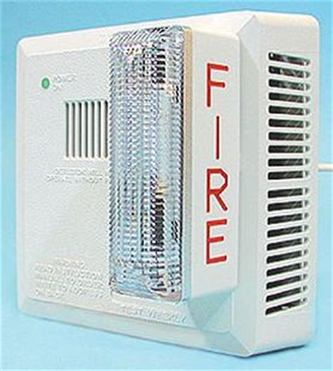 Alert Smoke Detector Blinking Light by Loud Smoke Detector For The Hearing Impaired Or Deaf