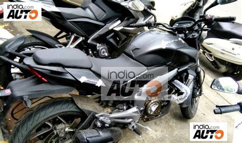 Bajaj Dominar 400 spotted in a new Matte Black colour