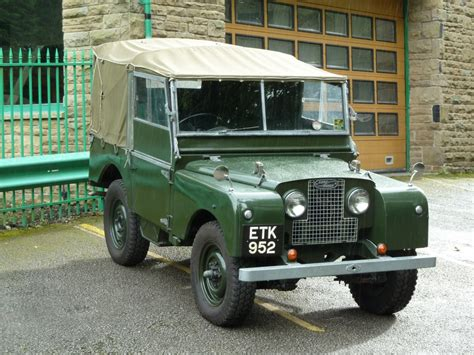 80s land rover etk 952 1952 series i 80 quot land rover centre land