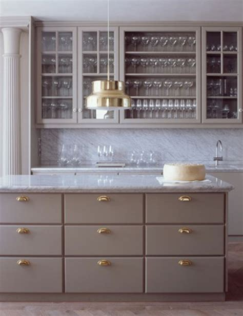 grey kitchen cabinets brass hardware quicua com taupe interieur interieur inrichting