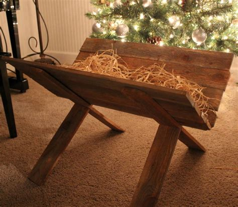 how to build an outdoor manger for a nativity wood you like to craft wood manger crafty