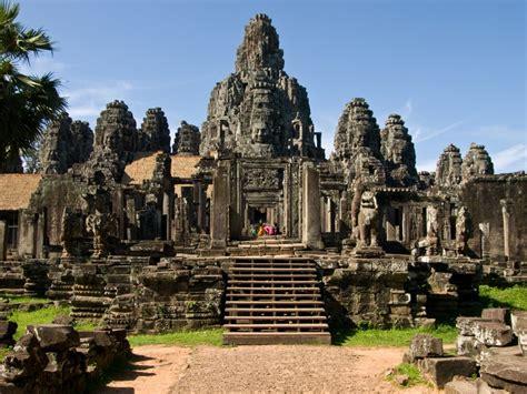 Angkur I biblioteca literatura ruinas naga inspiradas por angkor
