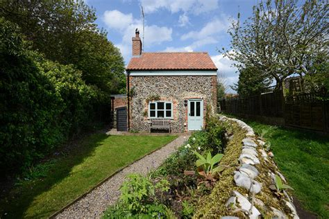 hill cottage experience norfolk