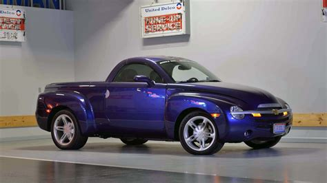 photo collection chevrolet ssr 2003 chevrolet ssr signature series t130 1 indy 2017