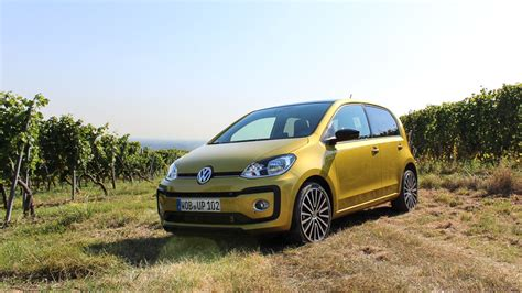 volkswagen up yellow kurz gefahren vw high up 1 0 tsi 90 ps 187 motoreport