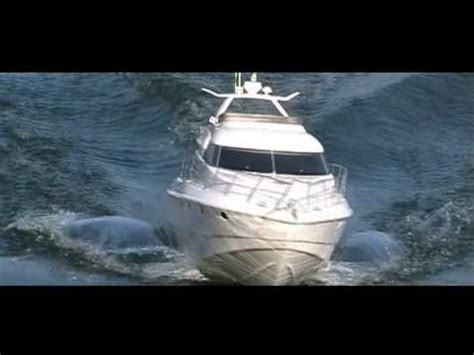 rc boat flags the fastest rc speed yacht ever with u a e flag funnydog tv