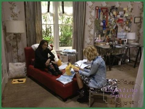 aria s bedroom pretty little liars 1000 images about pretty little liars set design on pinterest emily fields