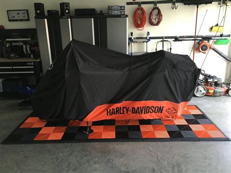 Harley Davidson Garage Floor Mat by Moto Pads For Your Harley Davidson Swisstrax Premium