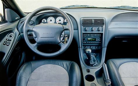 99 04 Mustang Interior by How Do You Tell A 99 04 Mustang Forums At Stangnet