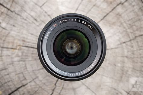 Fujifilm Xf 16mm F 1 4 R Wr Lensa fujifilm xf 16mm f 1 4 r wr review digital trends