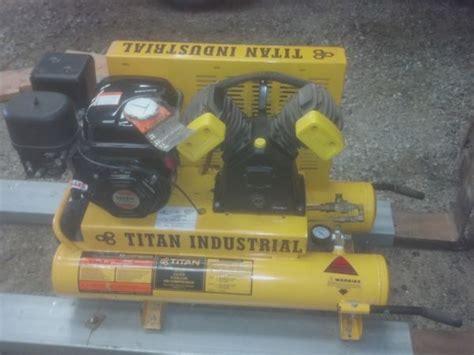 titan industrial air compressor espotted
