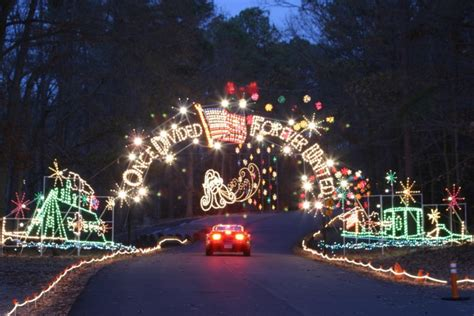 christmas lights in williamsburg va 11 places in virginia to visit this holiday season