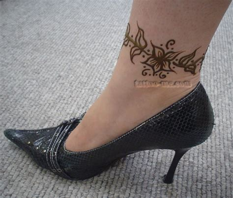 ankle henna tattoo