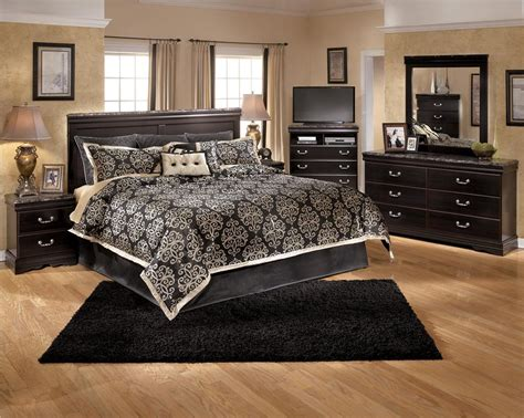 average cost of a bedroom set ashley furniture wyatt poster bedroom set best priced