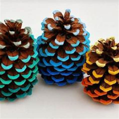 5 ways to decorate with pine cones rl