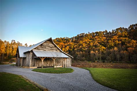 Wedding Venues Tennessee by Smoky Mountain Weddings Farm Weddings In Gatlinburg
