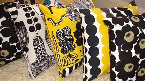 Cool Designer Maija Louekari by Gelic Nail Marimekko Inspired Nail
