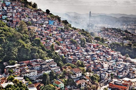 Architecture Gifts by Google Brings You Into Rio S Favelas In An Interactive 360
