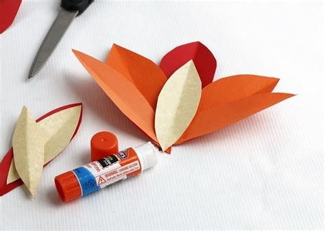 How To Make Feathers Out Of Construction Paper - thanksgiving craft ideas vegetable turkeys rent a
