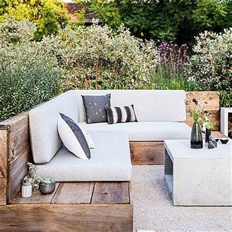 outdoor sitting 25 best ideas about outdoor seating bench on