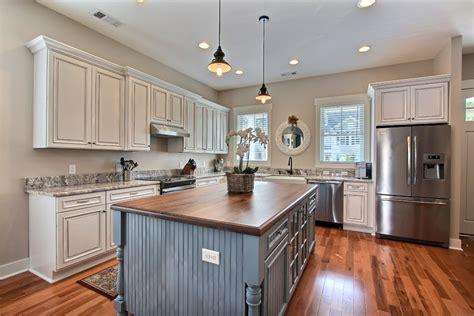 adhesif cuisine revetement adhesif pour meuble de cuisine maison design
