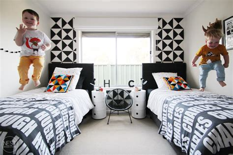 sharing a bedroom with a roommate 20 brilliant ideas for boy girl shared bedroom boys