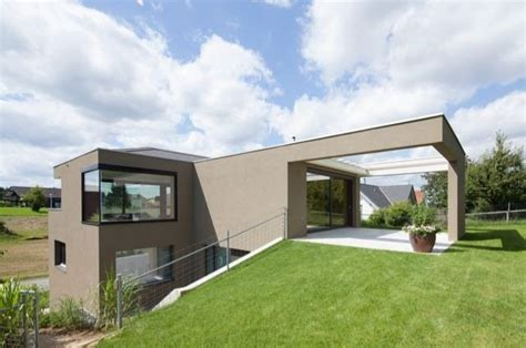 Haus Bauen Am Hang 4560 by Haus Am Hang Beat Huesler