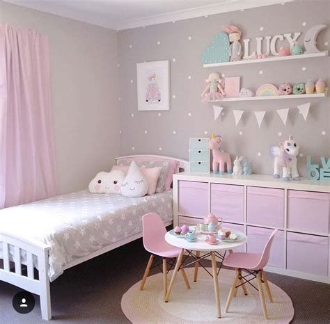 little girls bedroom suites best 25 little girl rooms ideas on pinterest girl room